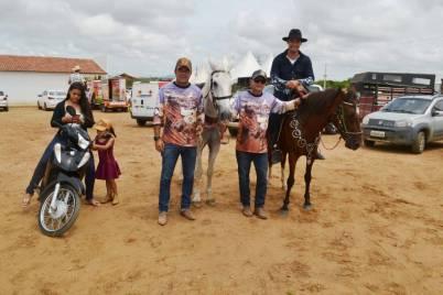 fotos-da-13ª-cavalgada-da-integracao-do-cariri-em-monteiro-2 FOTOS: 13ª Cavalgada da Integração do Cariri reúne centenas de cavaleiros em Monteiro.