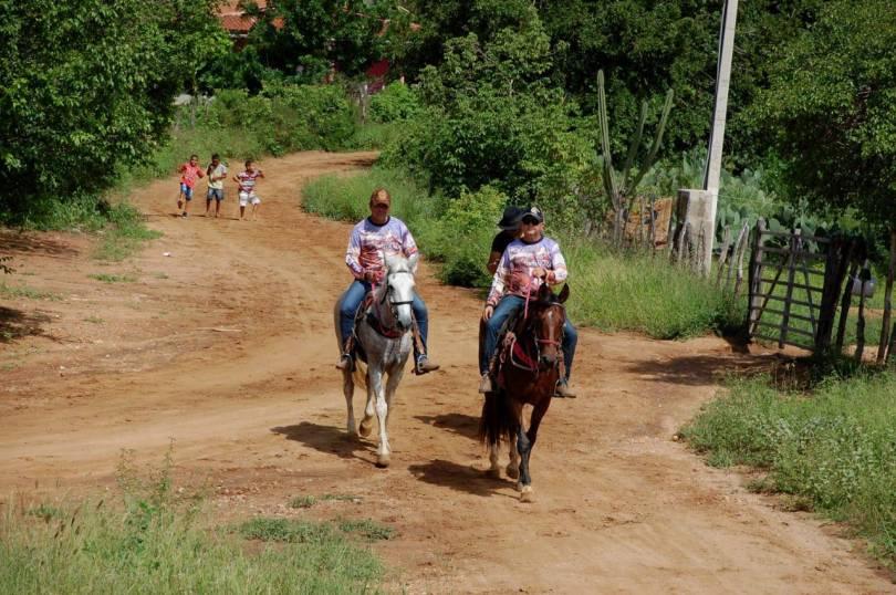 fotos-da-13ª-cavalgada-da-integracao-do-cariri-em-monteiro-20 FOTOS: 13ª Cavalgada da Integração do Cariri reúne centenas de cavaleiros em Monteiro.