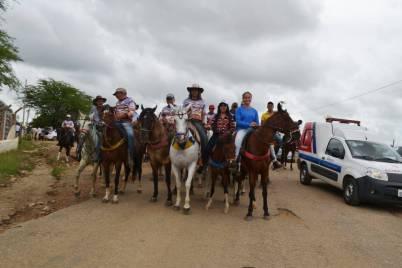 fotos-da-13ª-cavalgada-da-integracao-do-cariri-em-monteiro-23 FOTOS: 13ª Cavalgada da Integração do Cariri reúne centenas de cavaleiros em Monteiro.