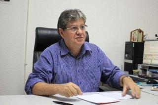 joao_azevedo_foto-walla_santos_12-584x390 João abre Caravana da Rede Cuidar, que inicia na cidade de Monteiro