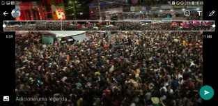 Monteiro se despede das atrações do palco principal lotando a Praça de Eventos 2