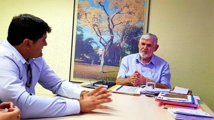 noticias4b796aec7051820fdf672b8e42e9d6b725369-693x390 Prefeito Dalyson Neves se reúne com secretário Luiz Couto