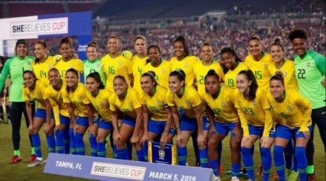 resize_1553004833-700x390 Estreia do Brasil na Copa do Mundo Feminina dobra audiência de emissora
