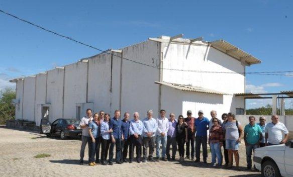 Abatedouro6-646x390 Prefeita Anna Lorena participa de reunião para discutir reabertura do abatedouro de caprinos de Monteiro