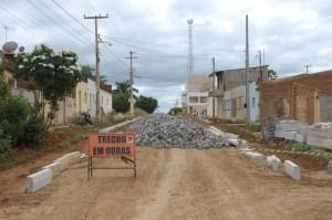 Obras de pavimentação seguem em ritmo acelerado na cidade de Monteiro 1