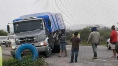 Caminhoneiros bloqueiam BR-230 em Campina Grande 1