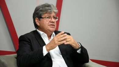 João condena fala de Bolsonaro 13