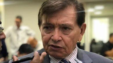 João Henrique se oferece ao governo, mas governador rejeita e veta aliança com o deputado 5