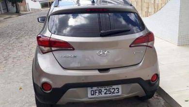 Carro de filha de deputado é roubado em Campina Grande 13
