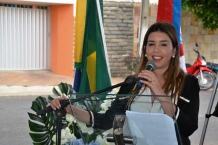 lorena-585x390 Prefeita de Monteiro anuncia medidas administrativas e processos licitatórios eletrônicos