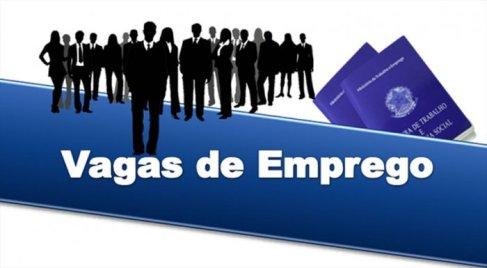 EMPREGOS-700x385 22 seleções abrem inscrições com salários de até R$ 10 mil