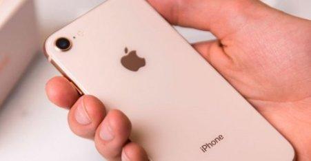 iphone-SE-780x405-1-700x363 Novo iPhone SE chegaria em 2020 com tela LCD e preço acessível