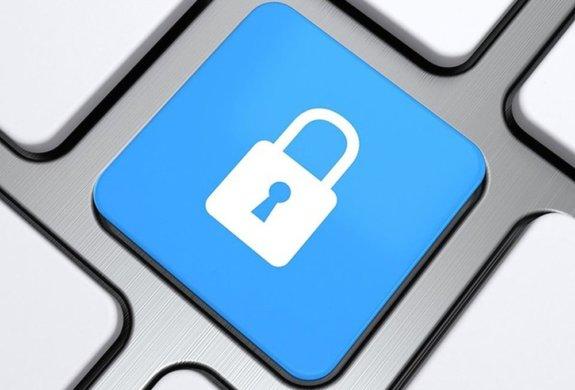 facebook-divulgacao_1-575x390 Brasil é principal alvo de spywares que roubam dados bancários