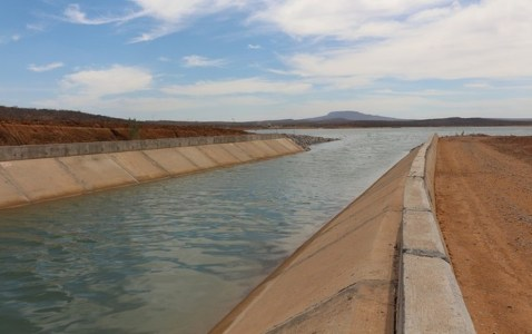 ÁGUA-638x400 Ministro diz que água da transposição chegará a Monteiro na segunda quinzena de novembro