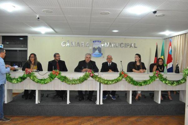 CAMARA-1-603x400 Câmara de Monteiro encerra ano legislativo com culto em agradecimento à recuperação da saúde de Raul Formiga.