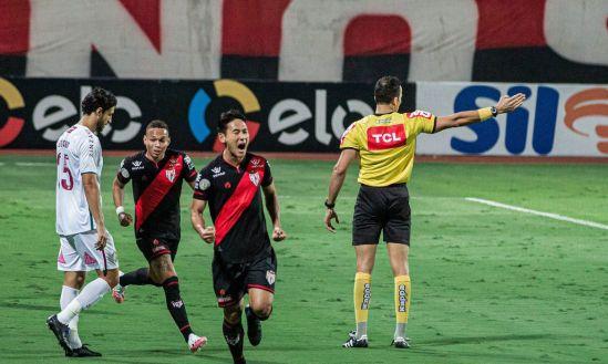 Atlético-GO-Fluminense Copa do Brasil: Atlético-GO marca nos acréscimos e elimina Fluminense