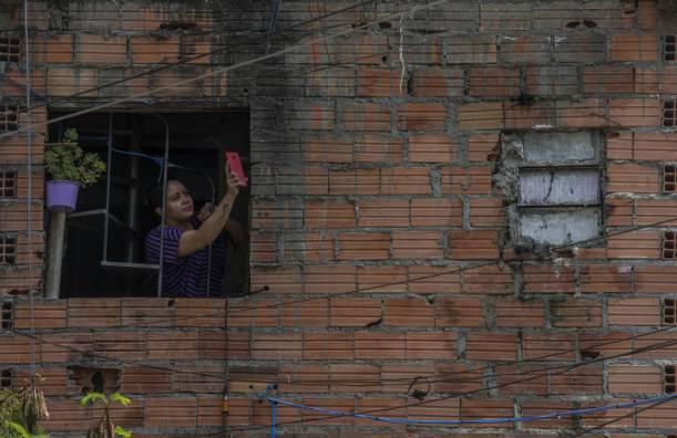 16001409635f6036a3b8dc6_1600140963_3x2_md No país, 7 em cada 10 que moram em casas com algum tipo de inadequação são pretos ou pardos