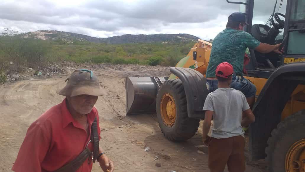 45619fb0-dd8a-4c61-a19f-e10fe84694e0 Em São João do Tigre: Lixão de Cacimbinha é desativado e será colocado em outra área mais distante do distrito