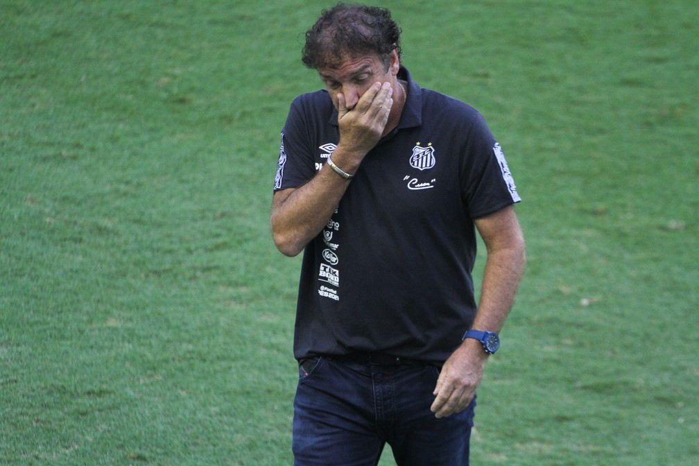 agf20210221248 Santos anuncia saída de Cuca após empate com o Fluminense