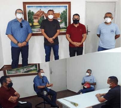 6-igrejasesandro Presidente da Câmara de Monteiro recebe autoridades de igrejas evangélicas