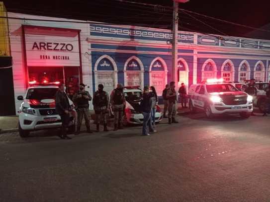 IMG-20210326-WA0313 Bares e chácaras são multados pelo descumprimento de medidas de prevenção à Covid-19, em Monteiro