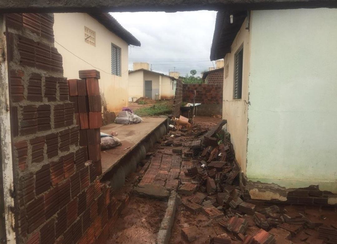 IMG_20210316_091253 Presidente da Câmara de Sumé e prefeito Éden Duarte visitam áreas afetadas pela chuva