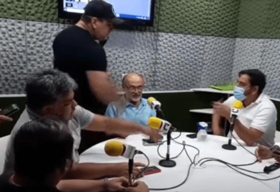 8d32a6e0-97d4-11eb-97ed-34409ed241fe Homens invadem estúdio de rádio e ameaçam radialista por crítica a Bolsonaro
