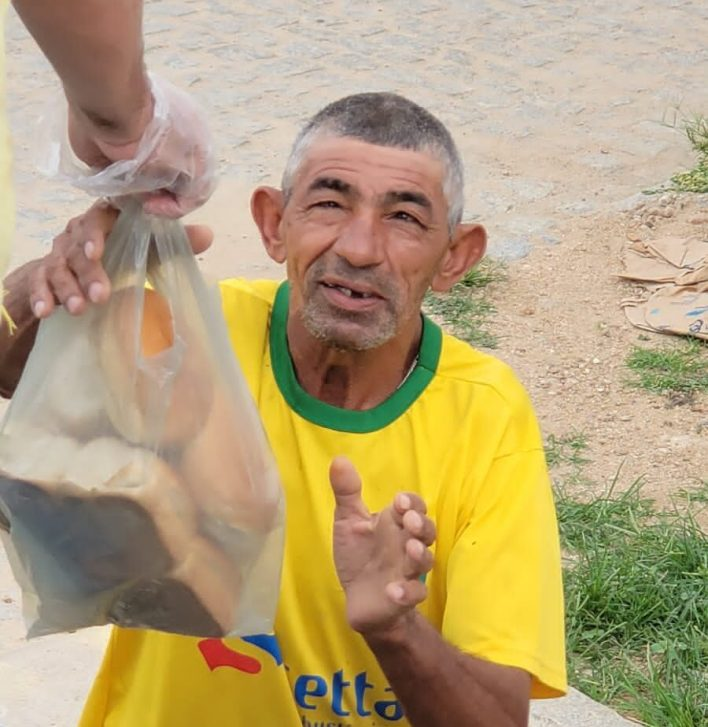 IMG-20210402-WA0090-e1617569862440 Projeto Social: realiza mais uma ação com distribuição de pães em Monteiro