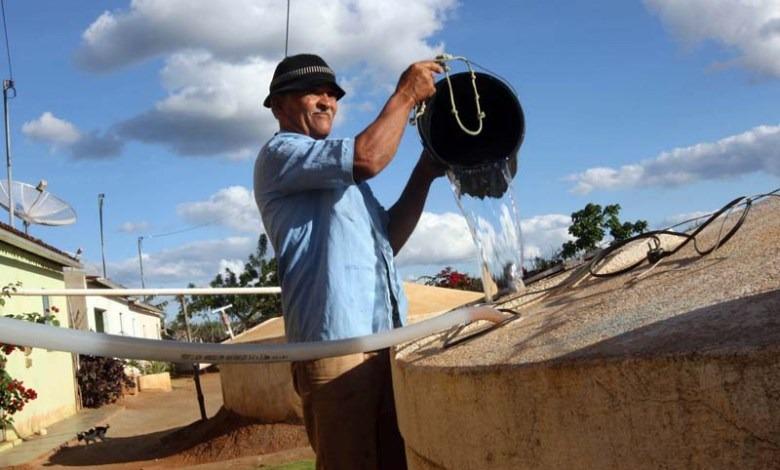 Mais-Agua Secretaria de agricultura inicia semana com ritmo acelerado de atendimentos na zona rural e na zona urbana