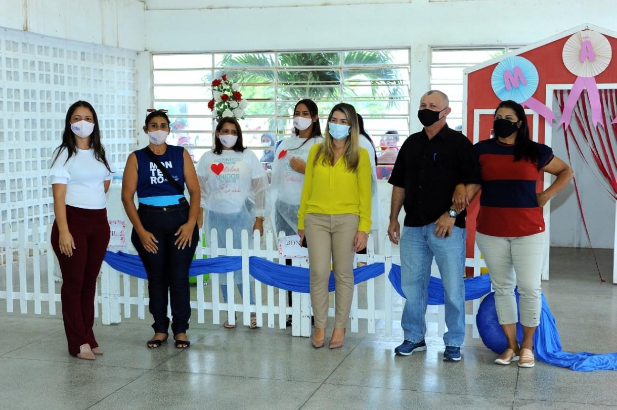Desenvolvimento-Social-promove-homenagem-as-Maes-monteirenses-6 Com a presença da Prefeita Lorena, Secretaria de Desenvolvimento Social promove homenagem às Mães monteirenses
