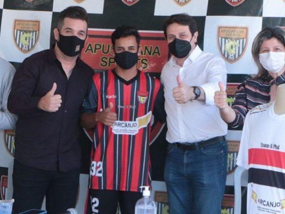 kekelmatos_02_20210715_231040_1-e1626459868516 Jovem Monteirense é apresentado em clube profissional do Paraná