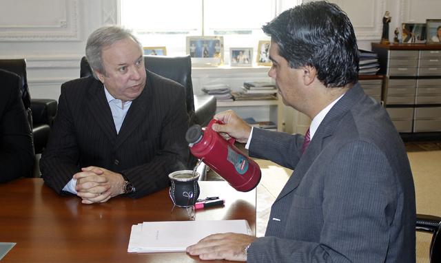 Daniel Peralta reunido con Jorge Capitanich - Foto: Prensa