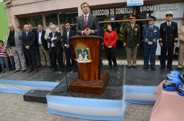 El Ministro Florencio Randazzo este mediodía en Río Gallegos - Foto: OPI Santa Cruz/Francisco Muñoz