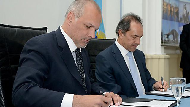 El gobernador de la provincia de Buenos Aires llegó a Chubut - Foto: