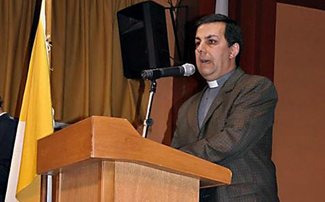 El Director de la casa salesiana padre Diego Zupan - Foto: OPI Santa Cruz
