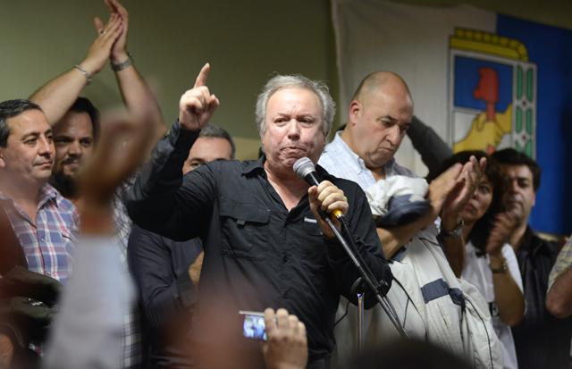 El Gobernador de Santa Cruz ayer en un acto partidario en Río Gallegos - Foto: OPI Santa Cruz/Francisco Muñoz