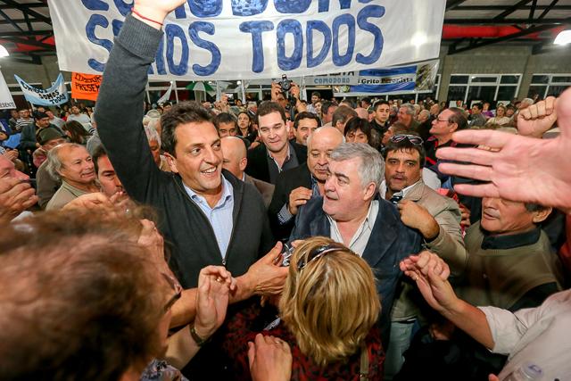 Sergio Massa junto a Mario Das Neves en el acto ayer - Foto: Prensa Sergio Massa