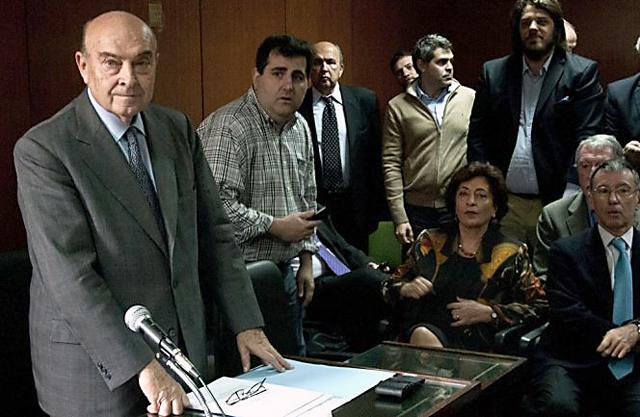 La Justicia absolvió a Domingo Cavallo en la causa por el megacanje
