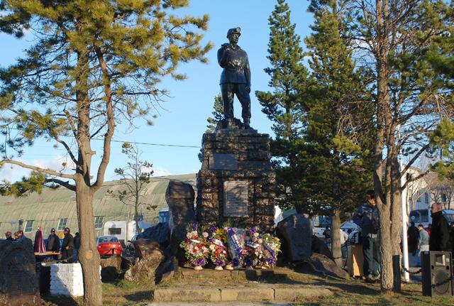 """""""Es como si fuéramos a Río Turbio y le rompiéramos el monumento al minero que recuerda la tragedia del 2004"""""""