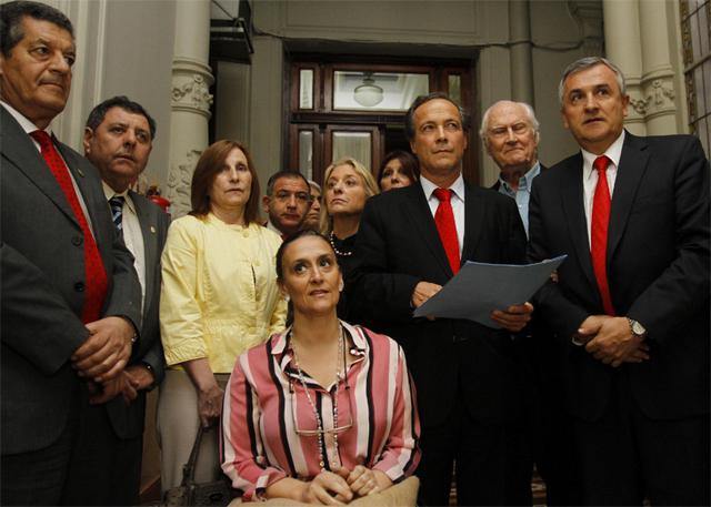 La oposición se comprometió a no elegir un nuevo integrante de la Corte