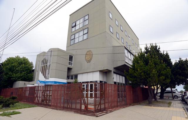 La Cámara de Diputados de Santa Cruz totalmente vallada - Foto: OPI Santa Cruz/Francisco Muñoz