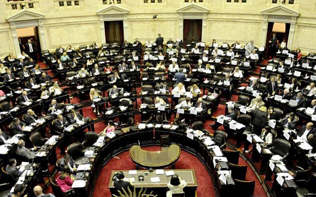 Con casi 40 legisladores anotados como candidatos, el año electoral podría paralizar el Congreso