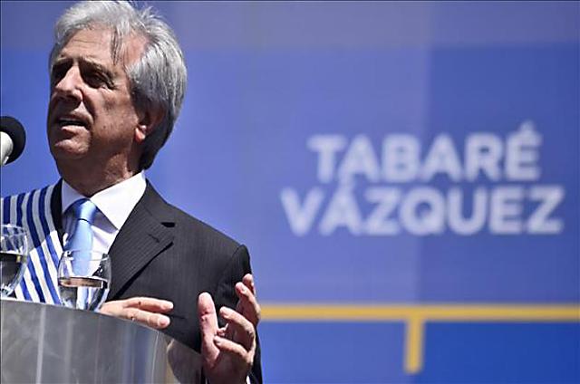 El socialista Tabaré Vázquez asumió como presidente uruguayo