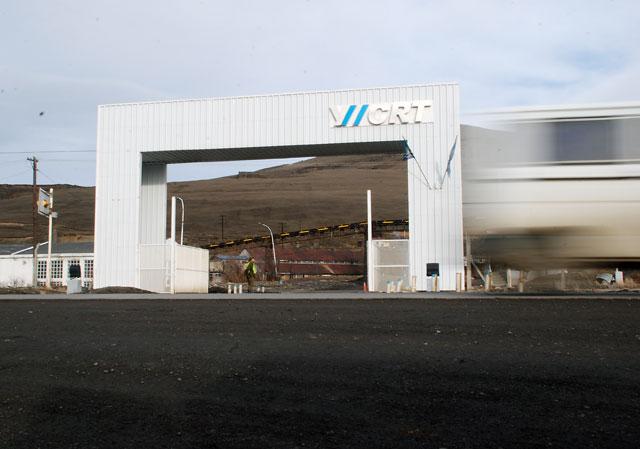 """Esfuerzos contra reloj para transformar a YCRT en una empresa """"carboeléctrica"""" y evitar que la cierren - Foto: OPI Santa Cruz/Francisco Muñoz"""