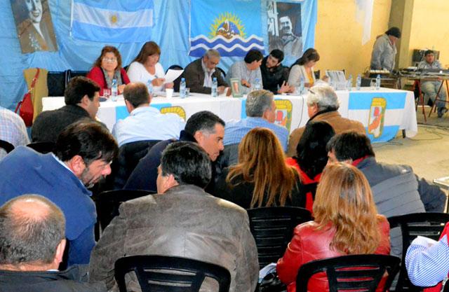 Se realizó el Congreso del PJ en Caleta Olivia - Foto: