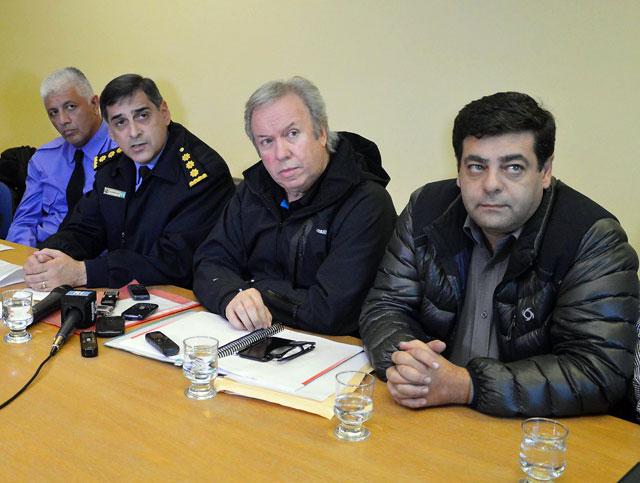 El Gobernador y el Jefe de Policía informaron: un muerto, cinco heridos, treinta y un detenidos y diez armas secuestradas