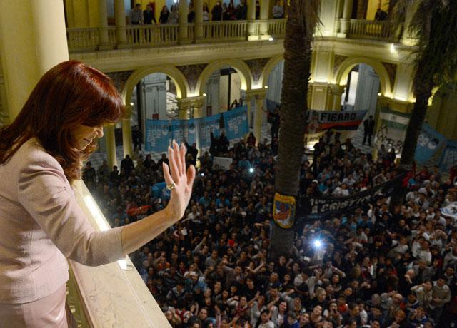 Cristina reunió a 14 gobernadores peronistas y pidió respaldo al proyecto kirchnerista