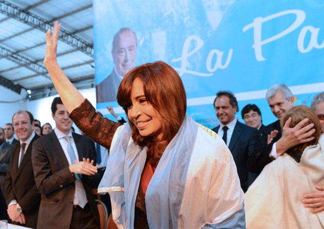 Cristina se metió de lleno en la campaña y criticó a la oposición