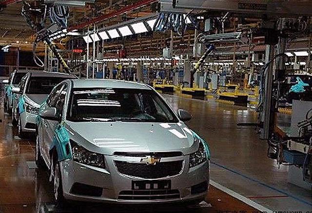 General Motors suspende a sus trabajadores un día por semana