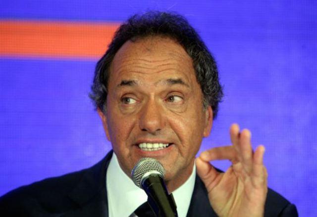 """Scioli calificó de """"absolutamente falsa"""" la denuncia de lavado"""